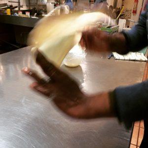 claypot_chef_flipping_bread